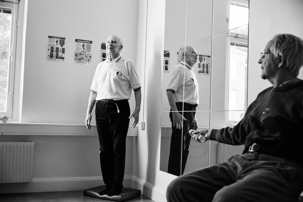 Gym för 90+ på Kassernhöjden i Karlstad. Fotograferat av Paulina Westerlind åt Praktikertjänt