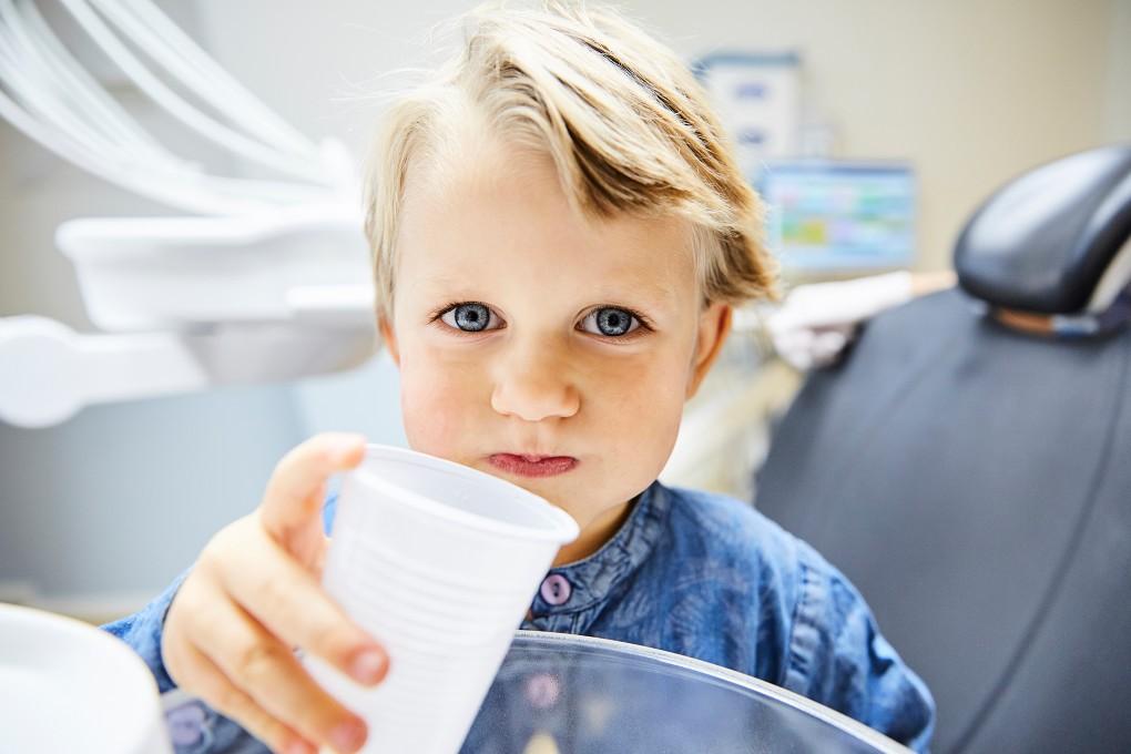 Fotografi med värme åt Praktikertjänst bildbank från tandläkarmottagning. Ingen mera tandläkar skräck