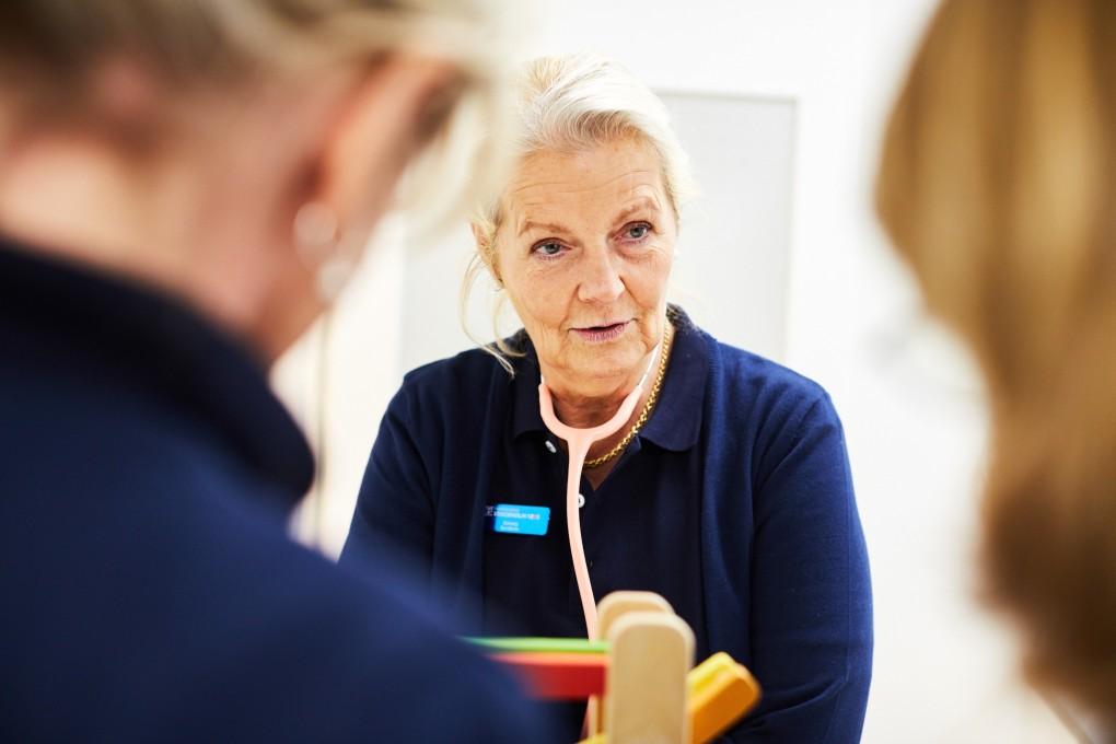 Fotografier från vårdmottagning i Stockholm, Praktikertjänst