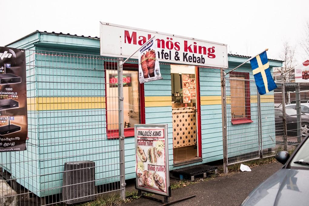 Malmös king på Norra Grängesbergsgatan i Malmö. Fotograferat för Emoore