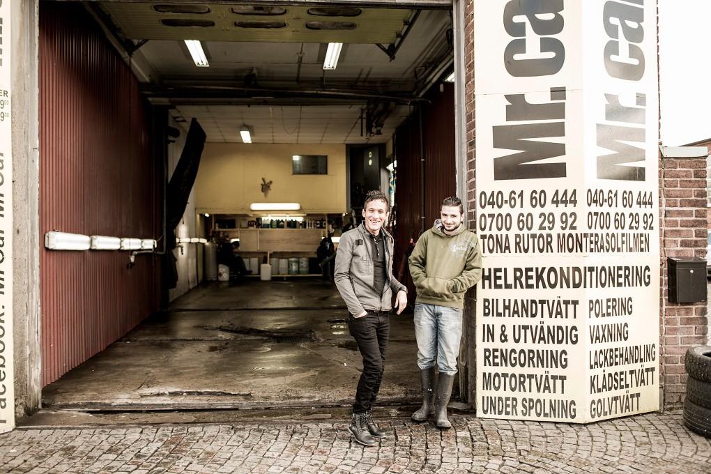 Porträtt av medarbetare på Norra Grängesbergsgatan i Malmö. Fotograferat för Emoore