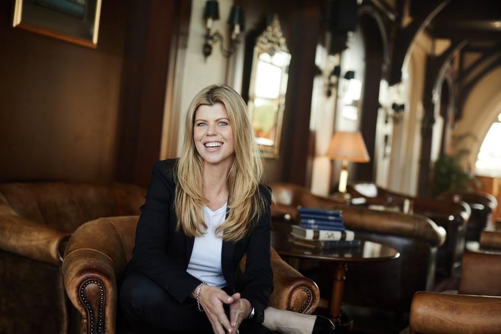 Coach porträtt av Marie Myrberg. Marie coachar företagsledare över hela världen. Fotograferad i Stockholm av Paulina Westerlind