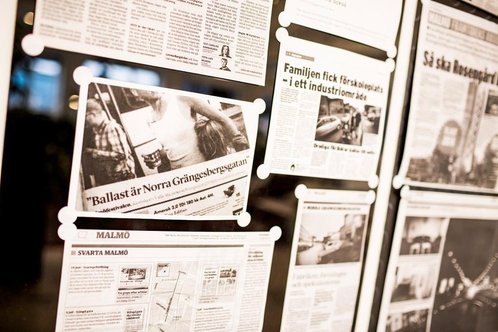 Tidningsartiklar om Norra Grängesbergsgatan i Malmö. Fotograferat för Emoore