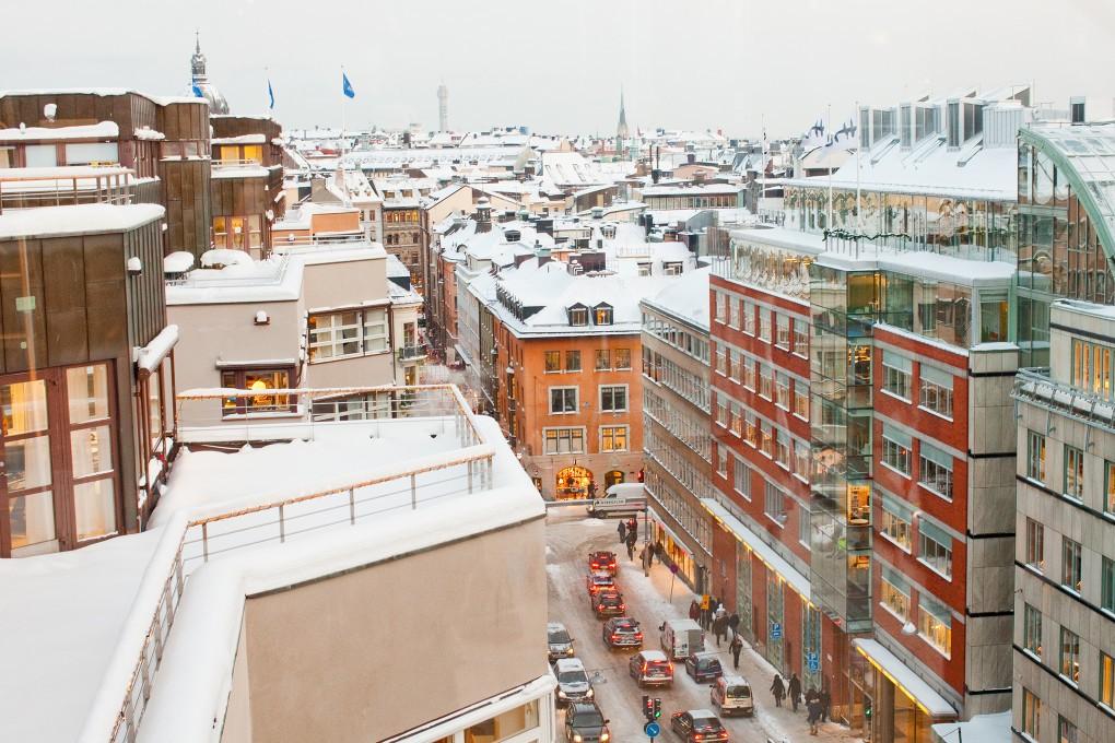 Stockholm city täckt i snö, fotograferat åt Nordea bildbank