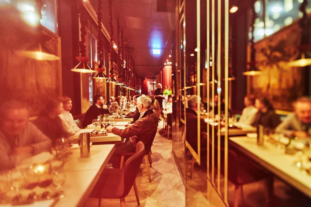 Restaurangfotograf Paulina Westerlind. Här på Smak Stockholm en lyxkrog mitt i Stockholm del av GruppF12. Matfotograf