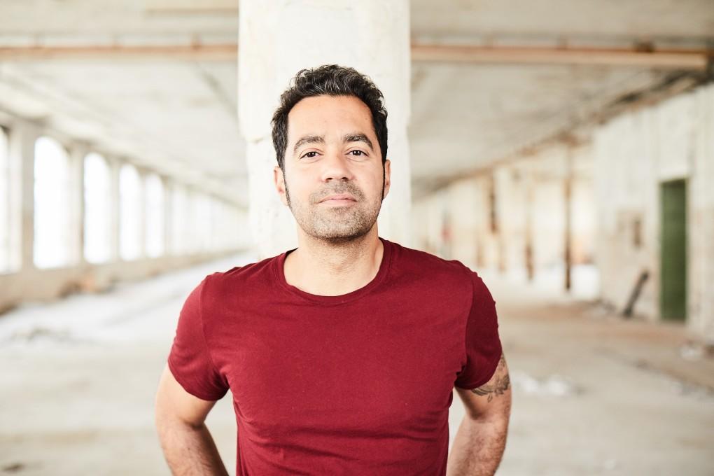 Porträtt av filmskaparen Mahmoud Kaboor, fotograferad av porträttfotografen Paulina Westerlind