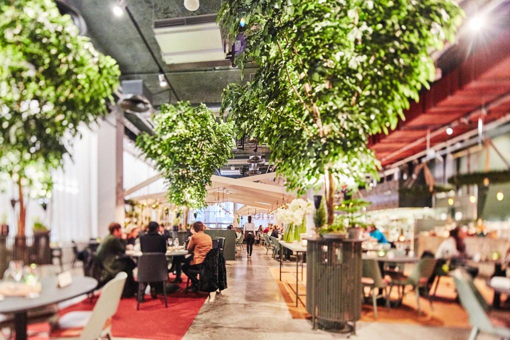 Restaurangfotograf Paulina Westerlind. Här på restaurang Mother, en lyxkrog mitt i Stockholm del av GruppF12. Matfotograf